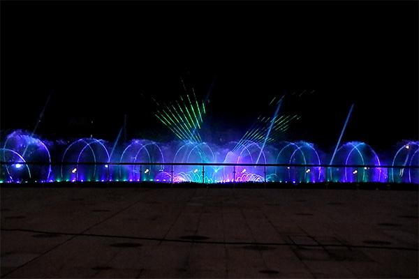 昆明万达广场水景音乐喷泉灯光